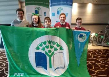 Donegal Schools awarded Water Flags 2019 379x269